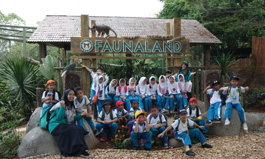 Fun Learning at Fauna Land, Ancol