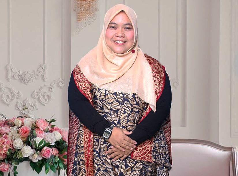 Azizah Febriyani, S. Sos
